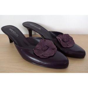 AEROSOLES Plum Leather Floral Kitten Heels Shoes